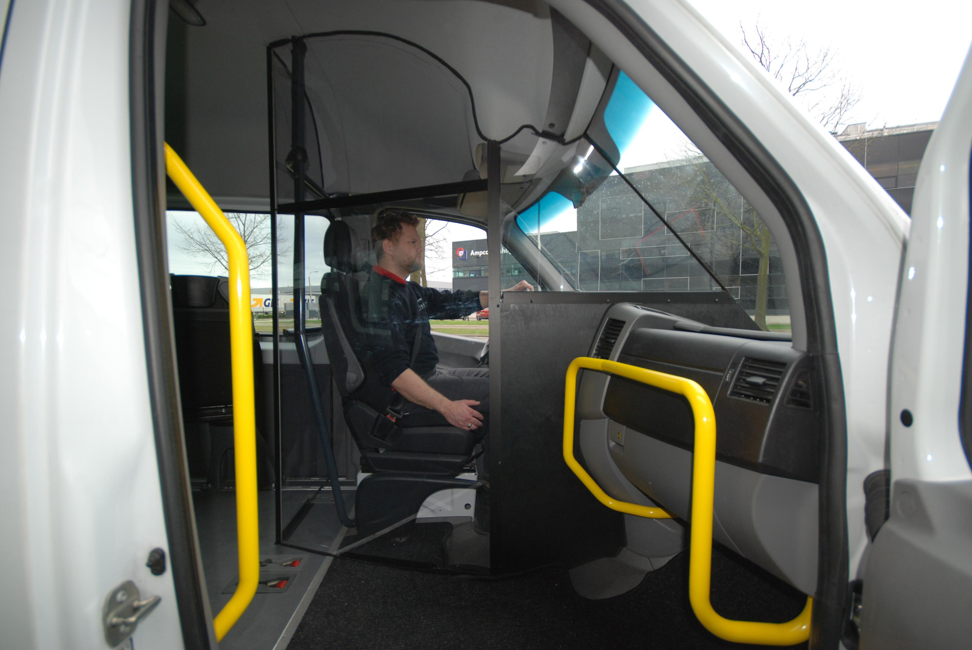 Bus met bescherming tegen Corona